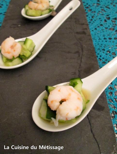 cuillères apéritives crevettes et concombre aigre-doux