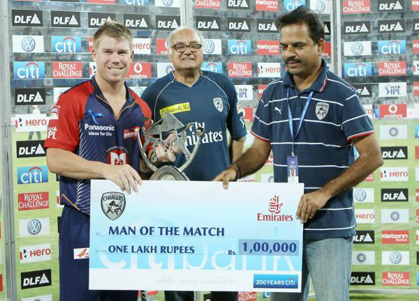 David-Warner-Man-of-the-Match-v-DC