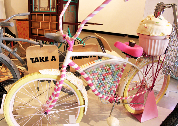 candy bike 4 Happy birthday to us!