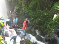 Wisata alam air terjun gemuruh dabo singkep kabupaten lingga