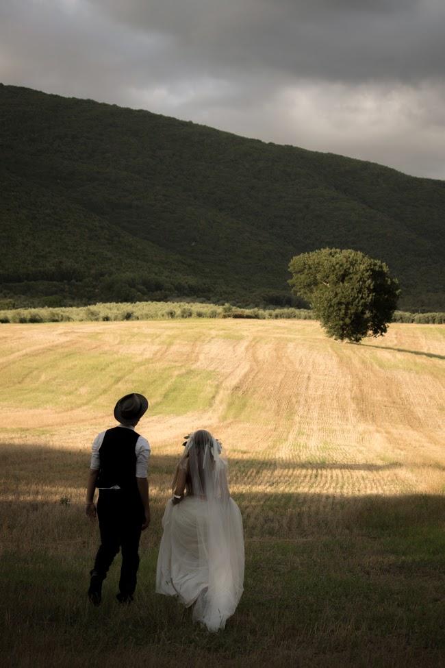 chic wedding in umbria italy