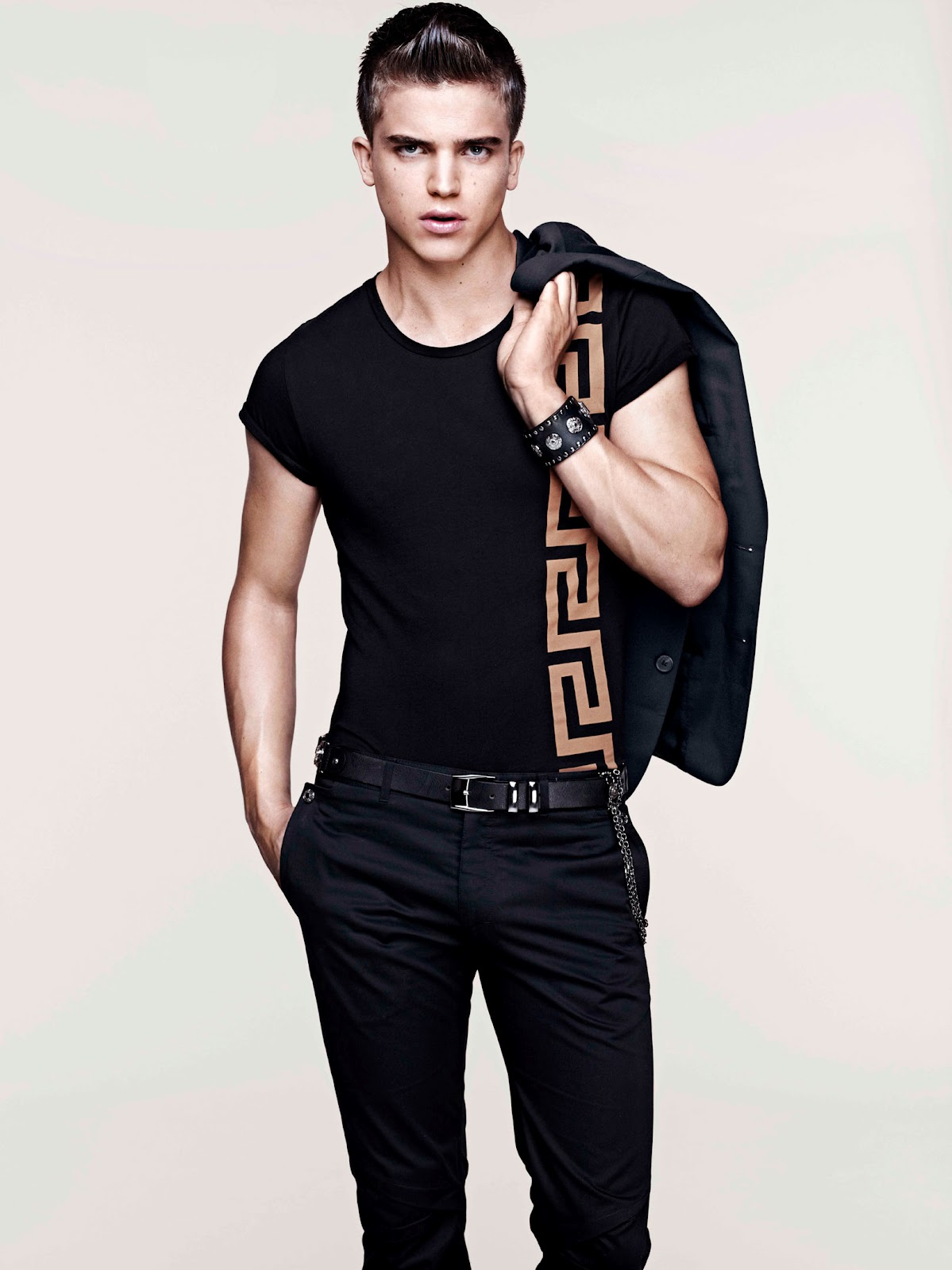 Men 39 s styling versace for h m mens cruise collection for Versace style shirt mens