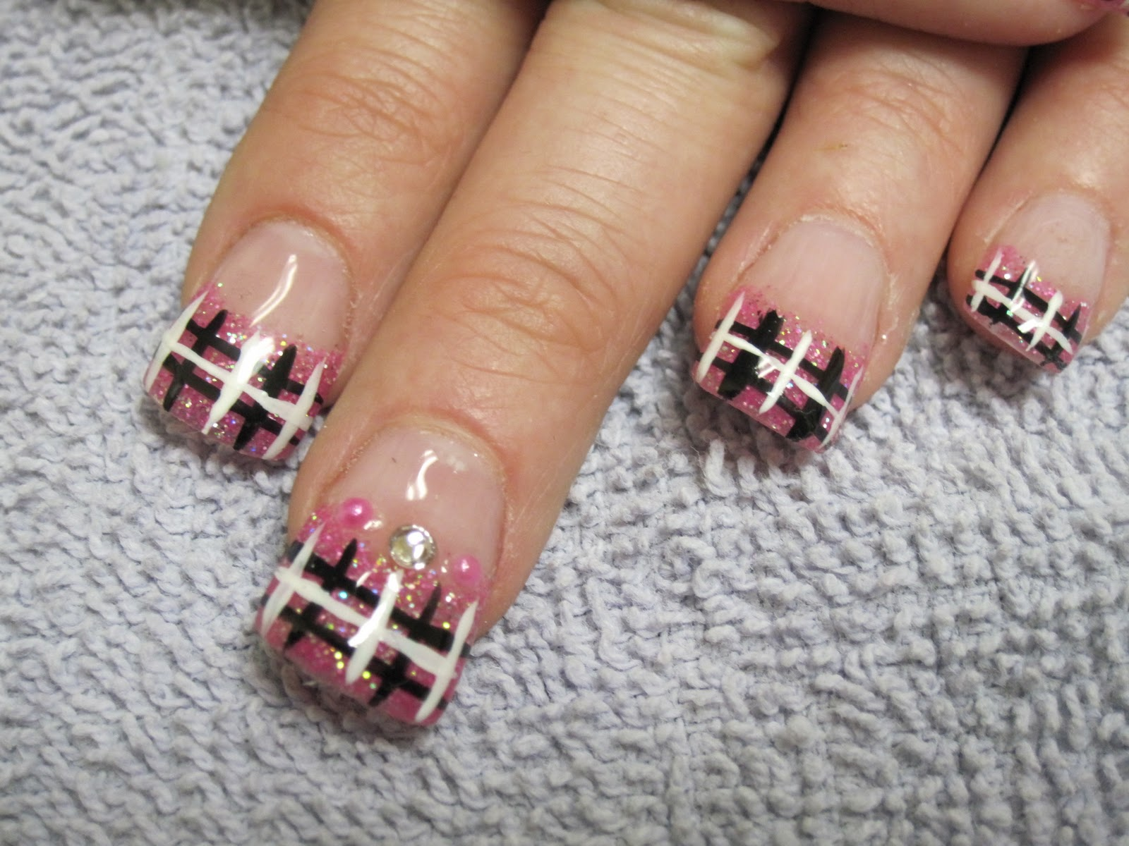 Nail Art Las Vegas: Burberry Nails