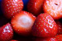 Erdbeeren für Erdbeereis mit frischen Früchten