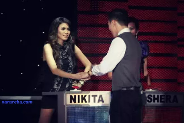 Foto Nikita Mirzani sebagai peserta Take Me Out Indonesia Session II