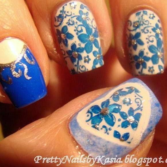 http://prettynailsbykasia.blogspot.com/2014/11/blue-white-dzis-u-mnie-biao-niebiesko.html