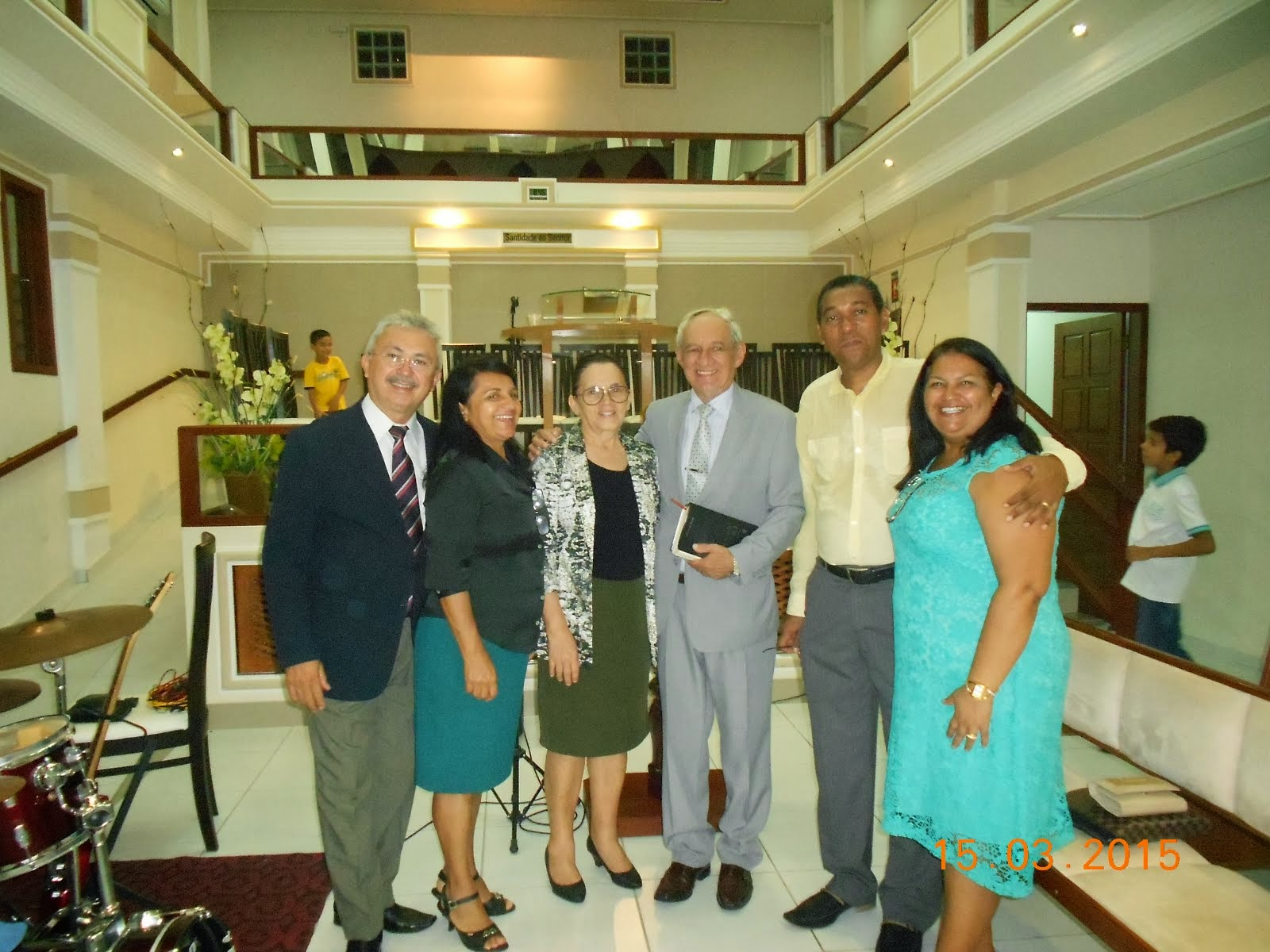 Pr. Nelson com a equipe da Revista O Caminho da Salvção