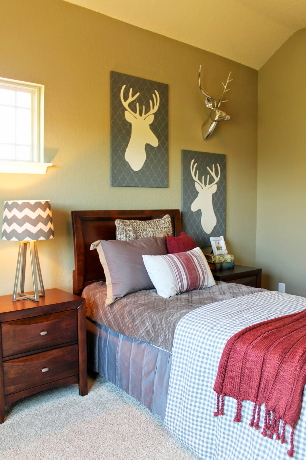 Woodland Decor You See Some Books About The Outdoors Stack On Nightstand And A Simple Silver Faux Deer Head Is Just He Right Amount To Balance