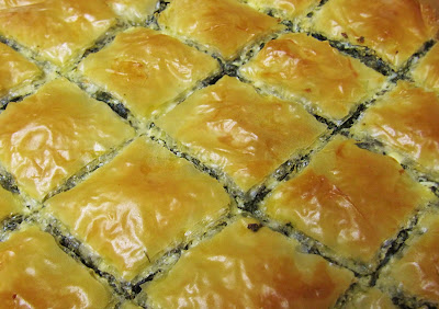 delicious greek spinach pie - spanakopita