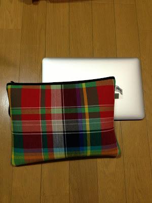 macbook air 11インチとpijama pocket L