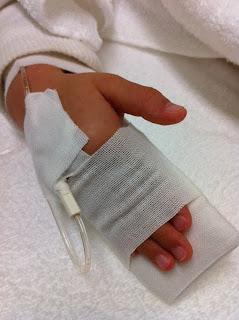息子がウィルス性の腸炎になり病院で点滴