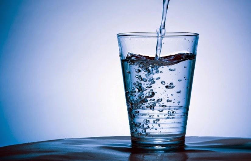 manfaat air putih untuk kecantikan kulit