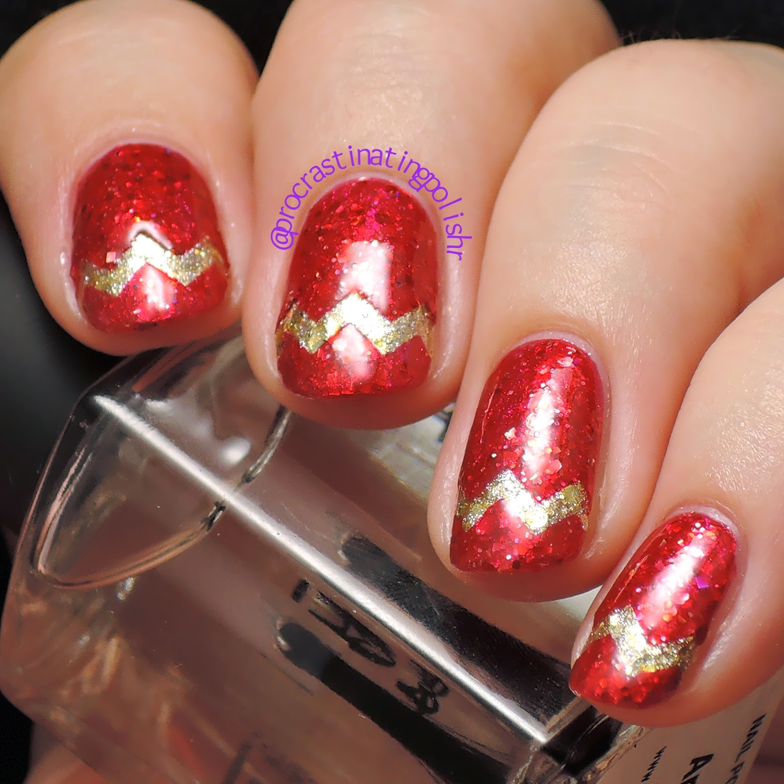 Holiday chevron nail art