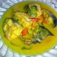 Ikan Tongkol Bumbu Kuning