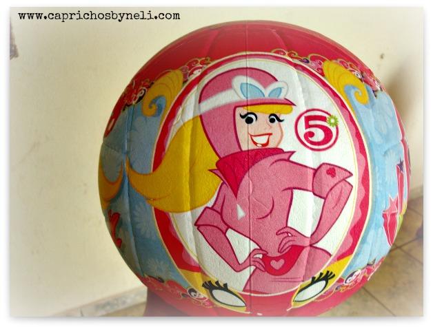 Brinquedo de menina, bola
