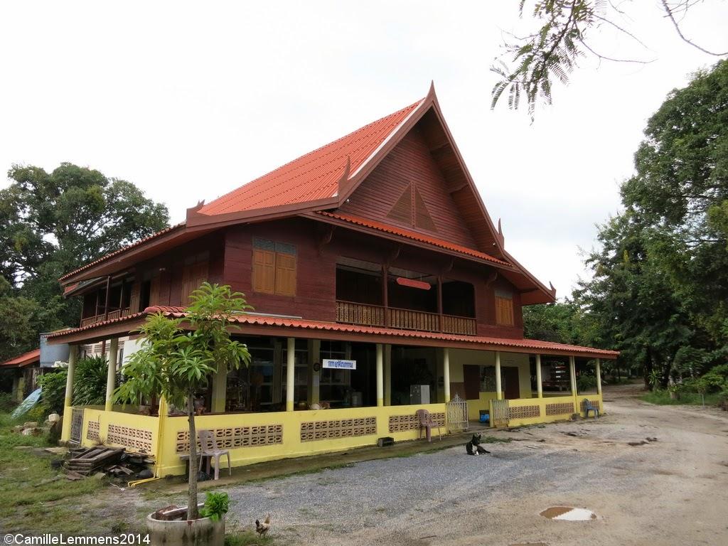 Wat Nara Charoen Suk in Lipa Noi