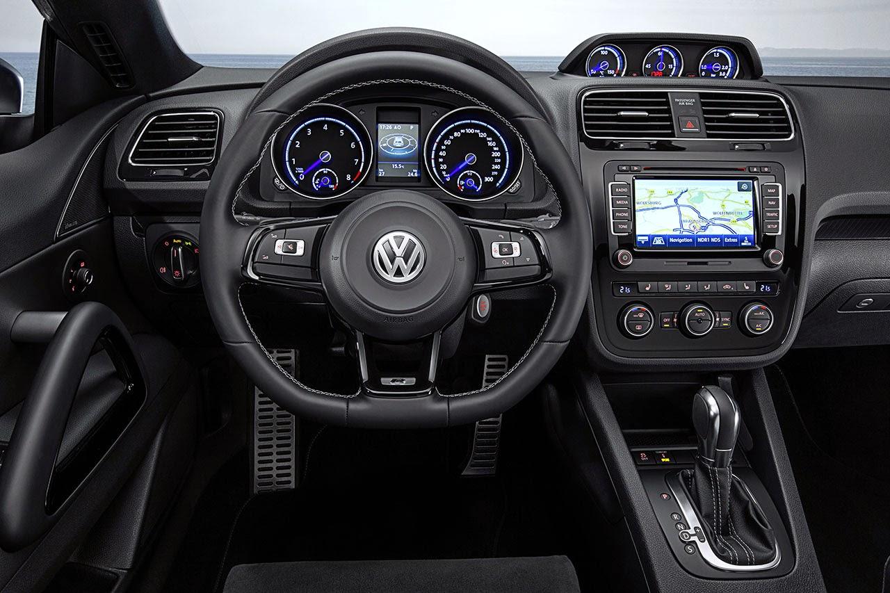 Volkswagen Scirocco R dash
