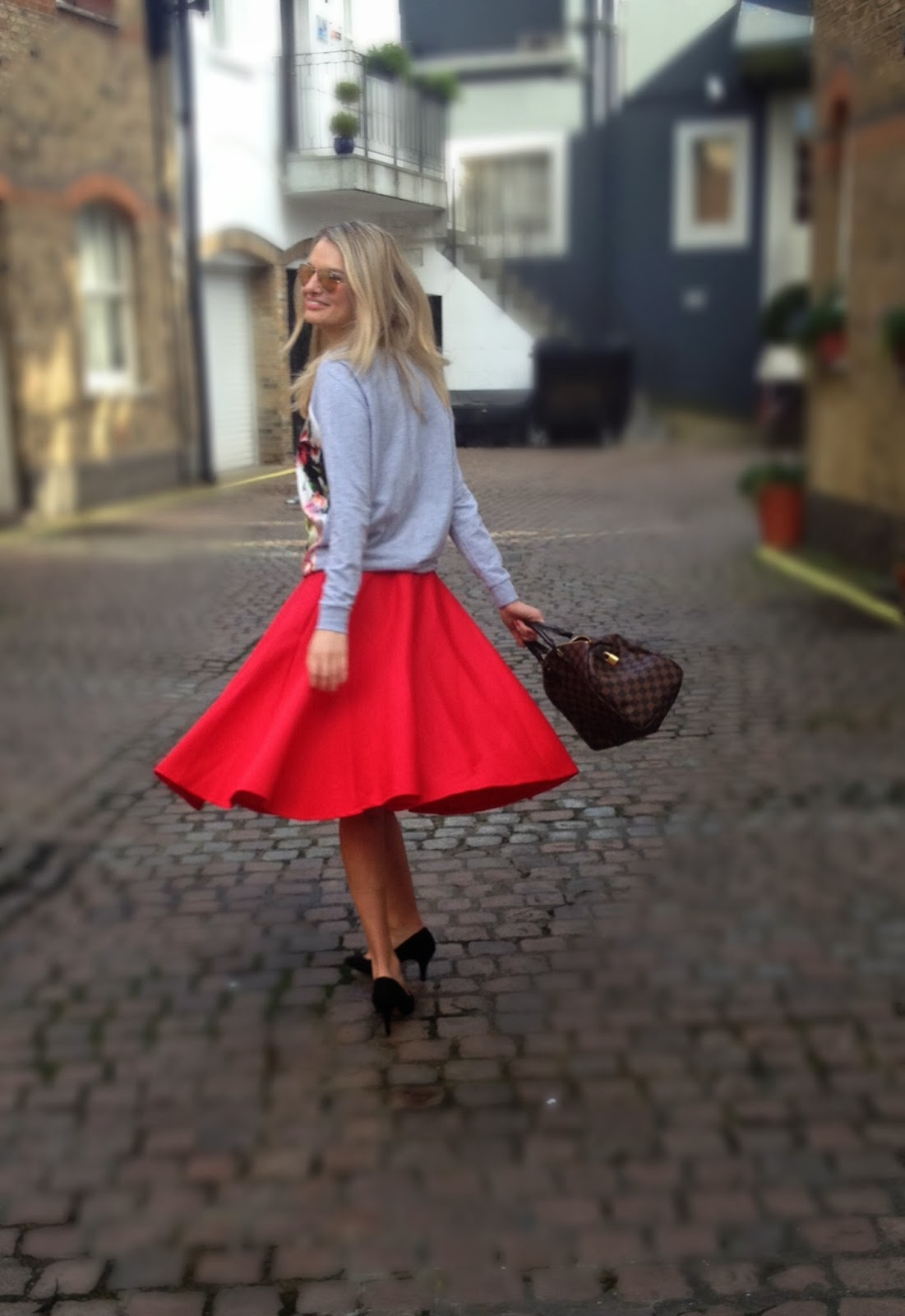 red scuba skirt, scuba skirt, asos, asos skirt, asos scuba skirt, long skirt, asos long skirt, louis vuitton, speedy, speedy bag, lv speedy bag, london, streetstyle, fashion bloger, chrissabella blog, chrissabella, river island, river island jumper