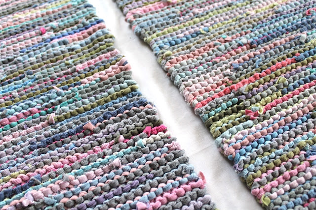 placemats trivets knitted lavender aqua yellow pink celery green upcycled tee shirts by handiworkingirls