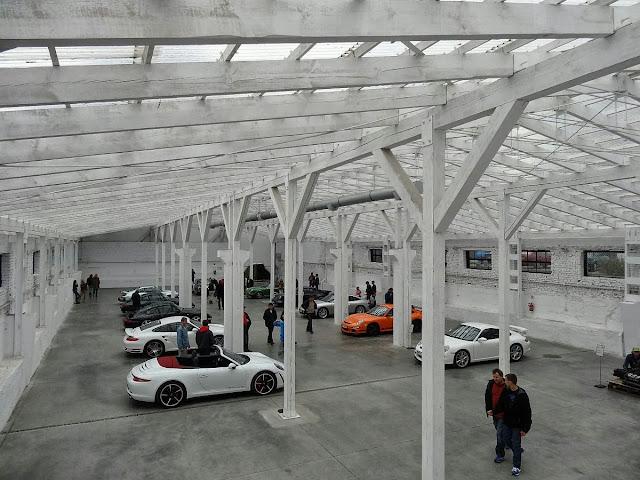 Porsche w SOHO Factory