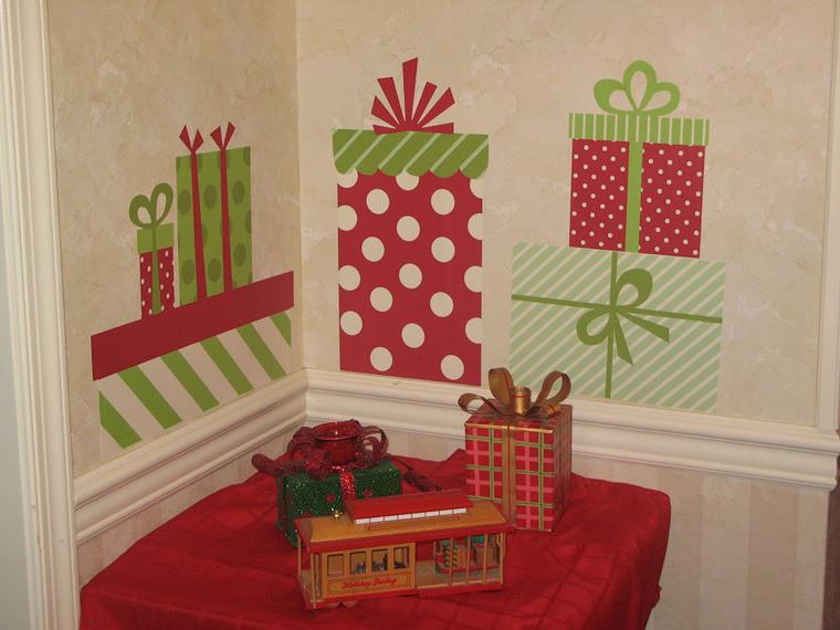 Как украсить стену на новый год своими