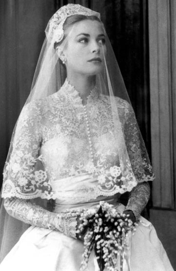 Bg mamma Grace kelly wedding dress design