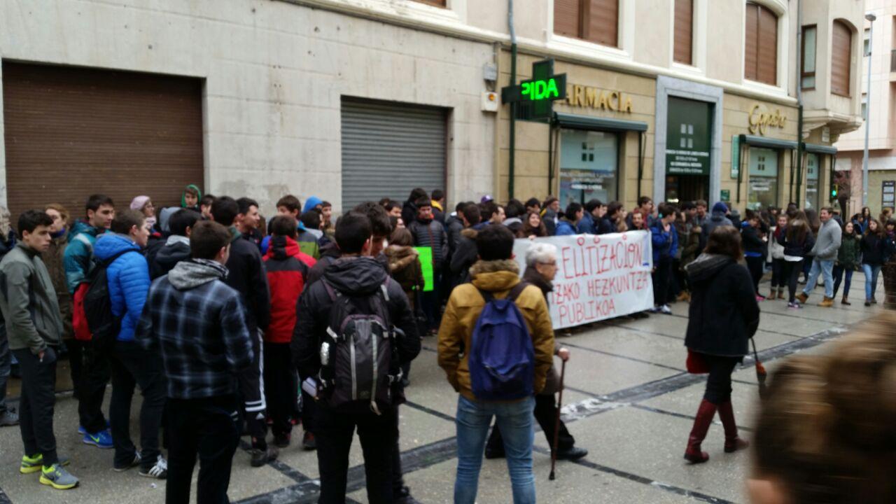 Manifestación y concentración #NOal3más2