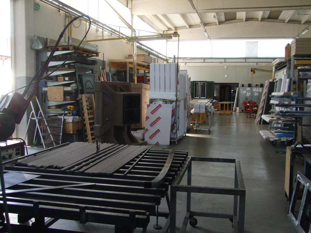 cooling: Portable cooling work place industrial environment #5E4939