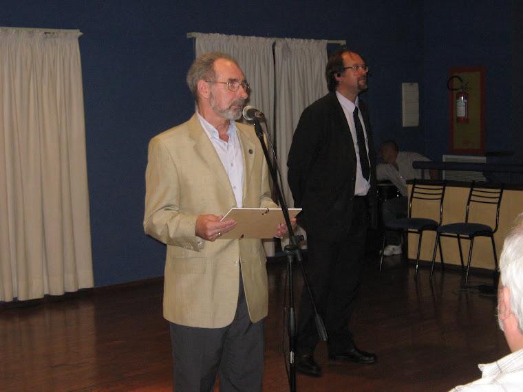 "Premio Ícono ""Prof. Julio César Musso"""