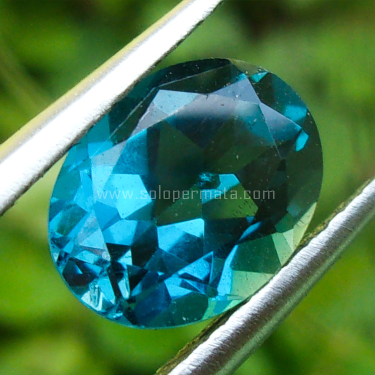 Batu Permata Blue Topaz - SP846
