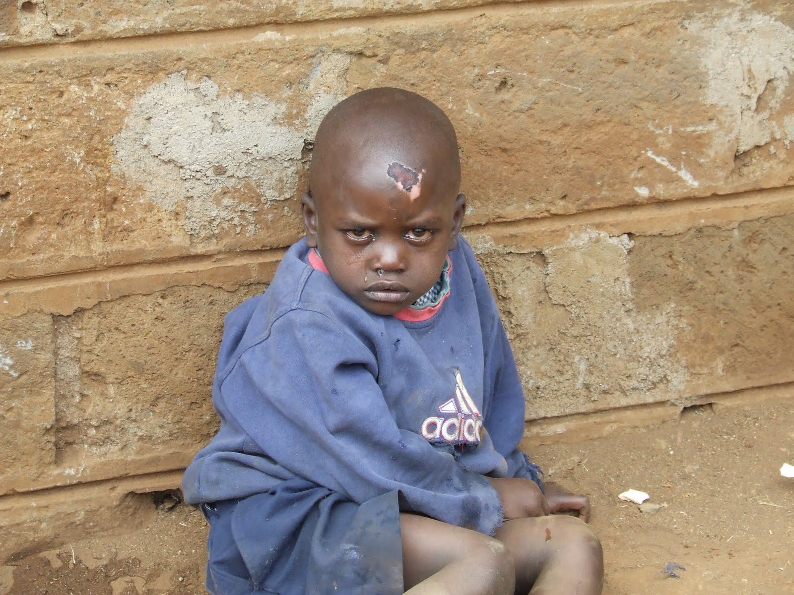 http://2.bp.blogspot.com/-ITwkRgiExe8/TasgAcyZ92I/AAAAAAAAAB0/9v9mZ1Ttl8o/s1600/Sad+eyed+child.JPG