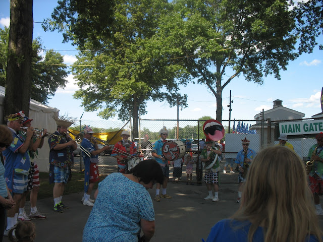 Sidewalk Stompers Clown Band
