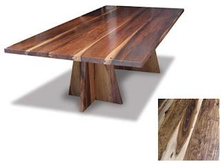 Mesa de madeira para o jardim ou quintal