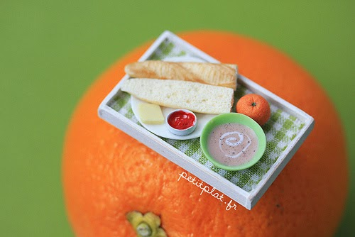 10-Stéphanie-Kilgast-Incredible-Miniature-Foods-Savoury-Sweet-Dishes-Dolls-House-www-designstack-co