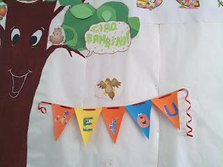 La scuola in cartella le vocali fanno festa for Maestra valentina accoglienza