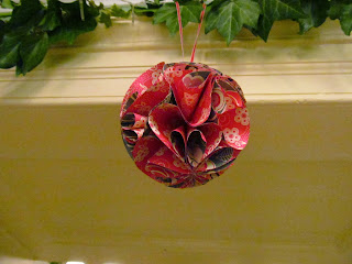Fun festive flowers by Jemini Crafts