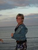 Simone, fast 50.... und chaotisch (aber-oder-und) kreativ