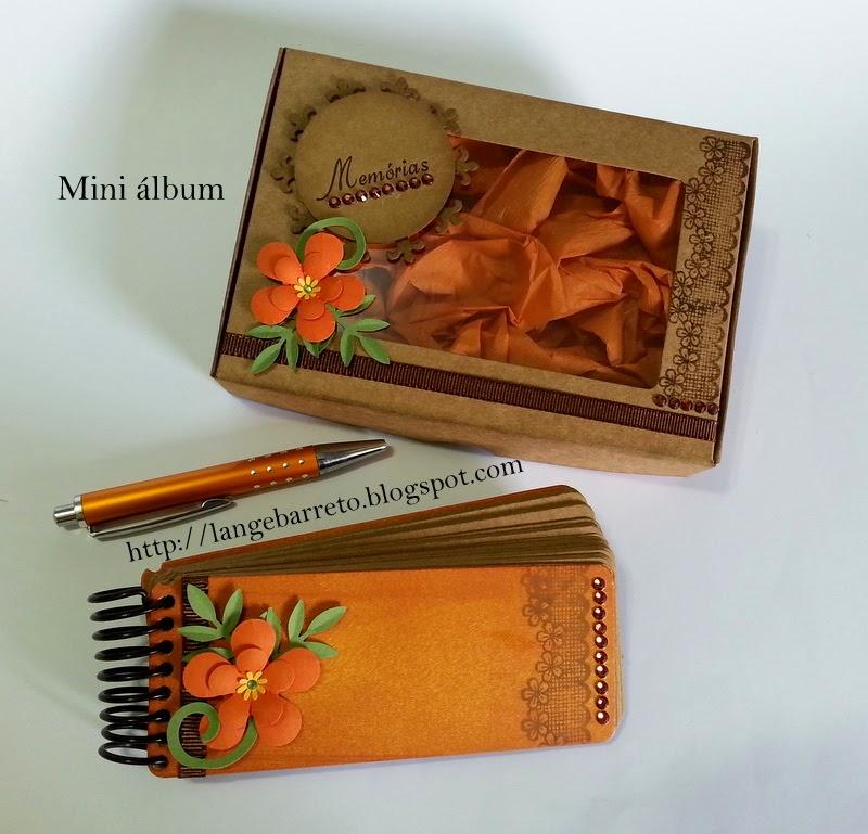 Mini álbum artesanal