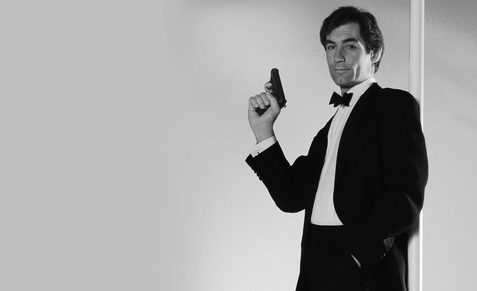 Timothy Dalton (born 1946) Timothy Dalton (born 1946) new picture