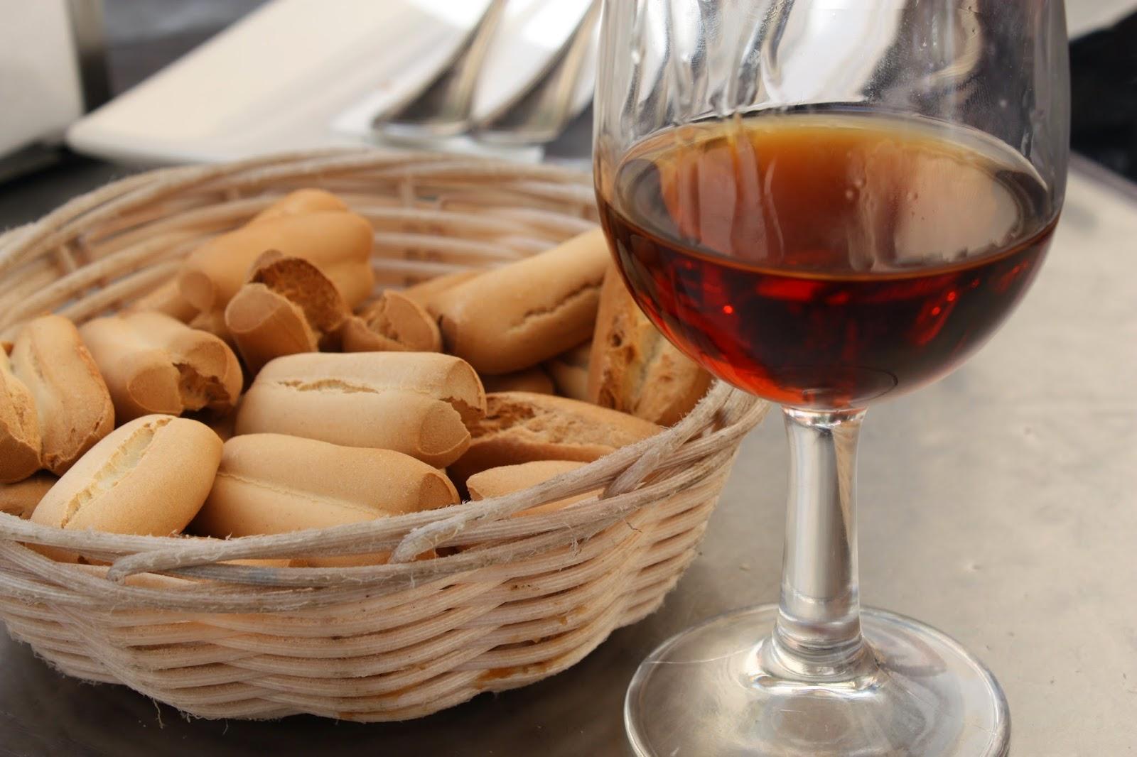 Vino de Naranja Sevilla