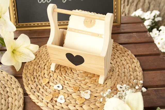 Mini revistero de madera handmade