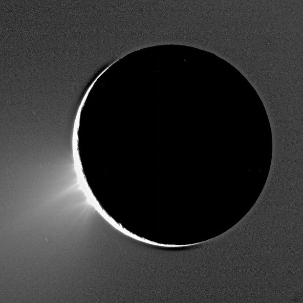 Water vapor and ice erupt from Saturn's moon Enceladus!