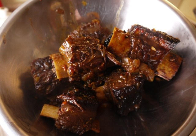 Clockwatching Tart: Coffee-Marinated Bison Short Ribs - Part Two
