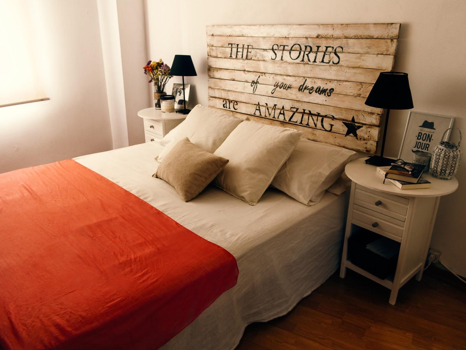 Rocco en mi sofa diy un cabecero low cost - Cabecero con laminas de madera ...
