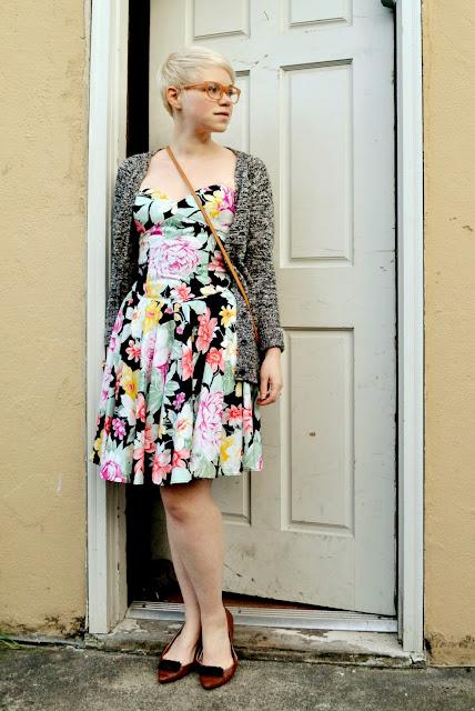 vintage, floral, strapless dress, blonde, fleur d'elise