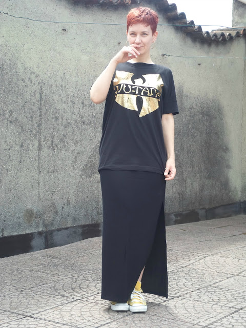 Wu-Tang gold print band tee, yellow all stars, black maxi dress | Funky Jungle, fashion and style blog