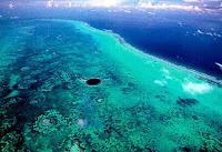 Le saviez-vous?Les 5 endroits les plus étranges et magnifiques sur Terre Great-blue-hole-belize-atlantic