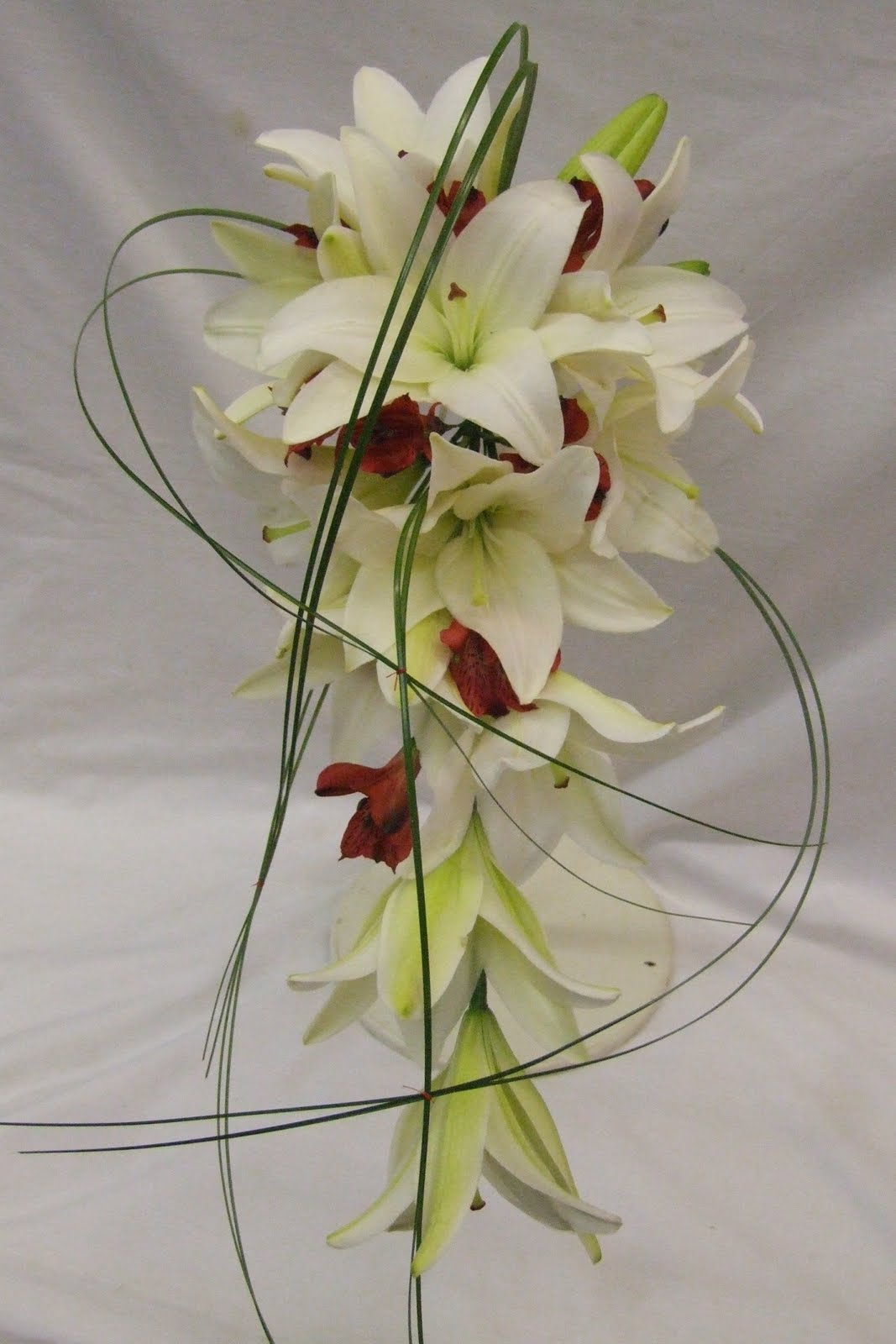 Wedding Flowers Roses And Lilies : Rj s florist lily and rose wedding flowers