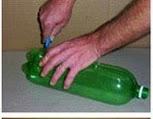DIY: Escoba con botella Paso 2