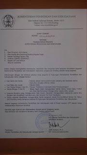 Surat Edaran Kemdikbud tentang Pakaian Kerja Pegawai Tertanggal  26 Januari 2016